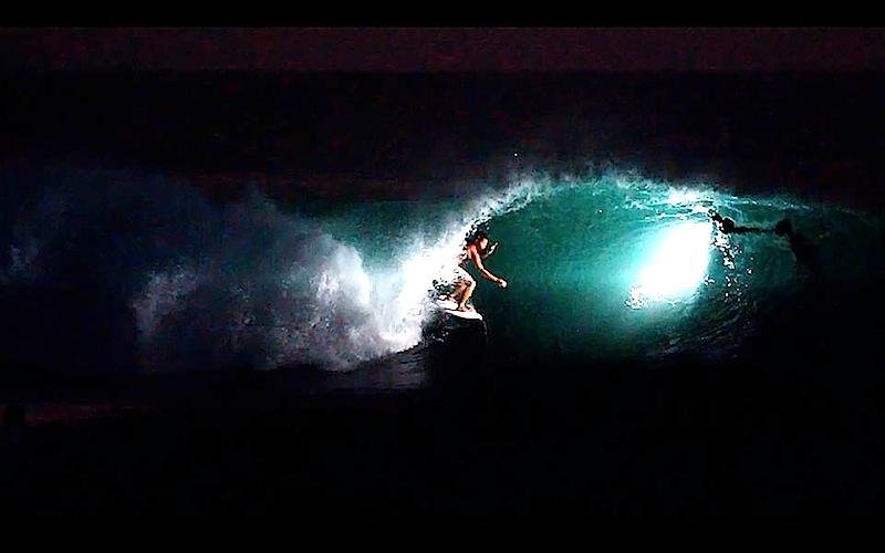 Resultado de imagen para surf nocturno