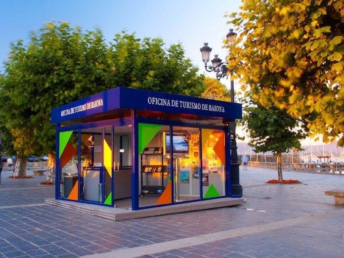 M s de personas pasaron en 2016 por la oficina de for Segovia oficina de turismo