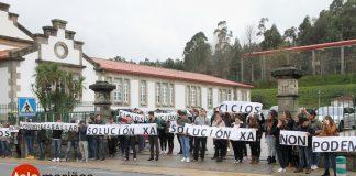 Manifestación en el I.E.S. Escolas Proval de Nigrán