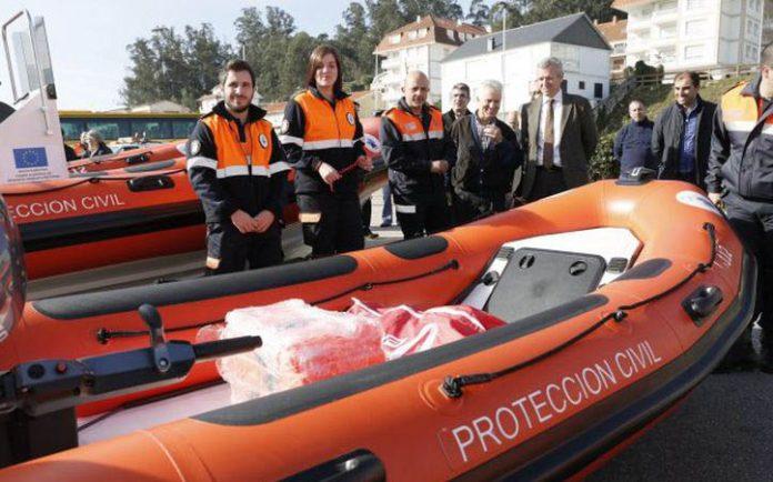 La Xunta mejora los servicios de Protección Civil con la entrega de ocho nuevas embarcaciones de salvamento