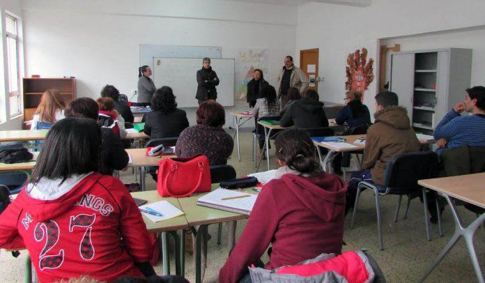 Curso preparatorio de adultos para obtener el título de la ESO en A Guarda