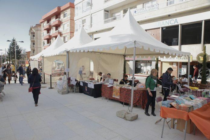 Nigrán celebra la II Feria del Libro