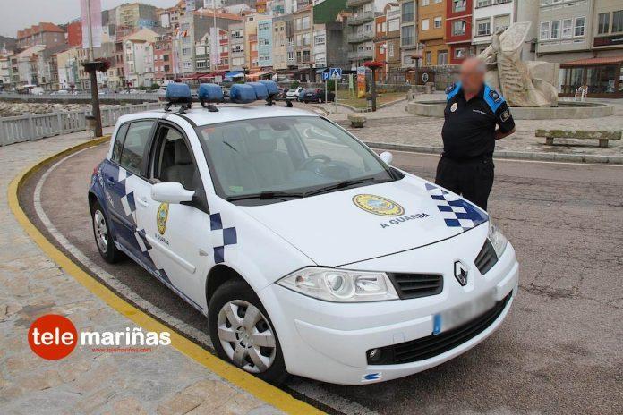 La Policía Local de A Guarda se adhiere a una campaña de control del cinturón de seguridad y las sillas infantiles