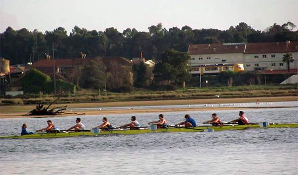 Gran actuación de los remeros más jóvenes del Club Remo do Miño Tui-Seta en Viana do Castelo