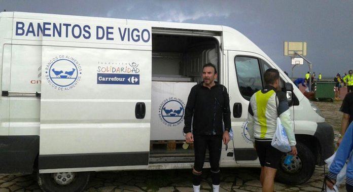 La Vig-Bay recauda 350 kilos de comida no perecedera en su maratón