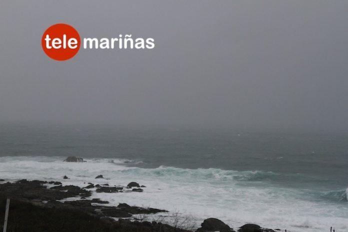 La Xunta alerta de un temporal costero de nivel naranja en Pontevedra