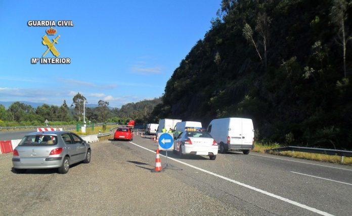 Campaña de Tráfico en Pontevedra para controlar las furgonetas de paquetería y reparto
