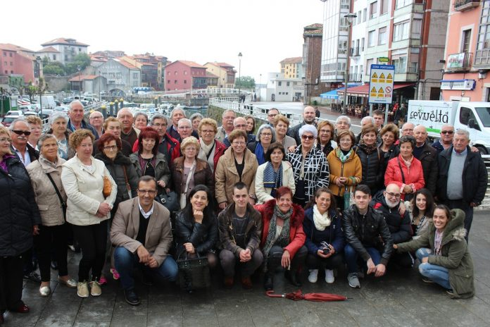 Baiona acudió a Llanes para celebrar el II Día de las Villas Marineras