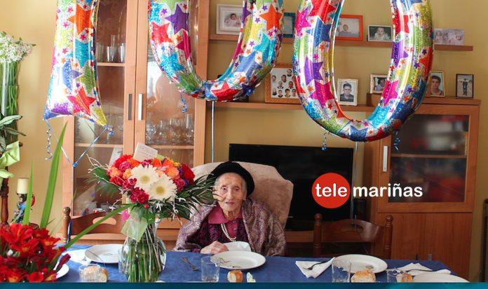 La abuela de Oia cumple 100 años rodeada de los suyos