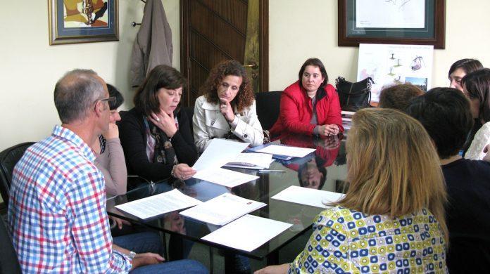 La Xunta invertirá 33 euros mensuales en los colegios de Nigrán y la Diputación 100.000 euros en el PortAmérica
