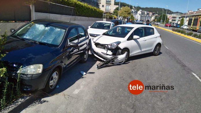 Una salida de vía se salda sin heridos en la Avenida de Sabarís