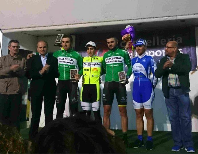 El Club Ciclista Rías Baixas busca revalidar el triunfo en la nocturna de O Porriño y sumar su 15ª victoria esta temporada