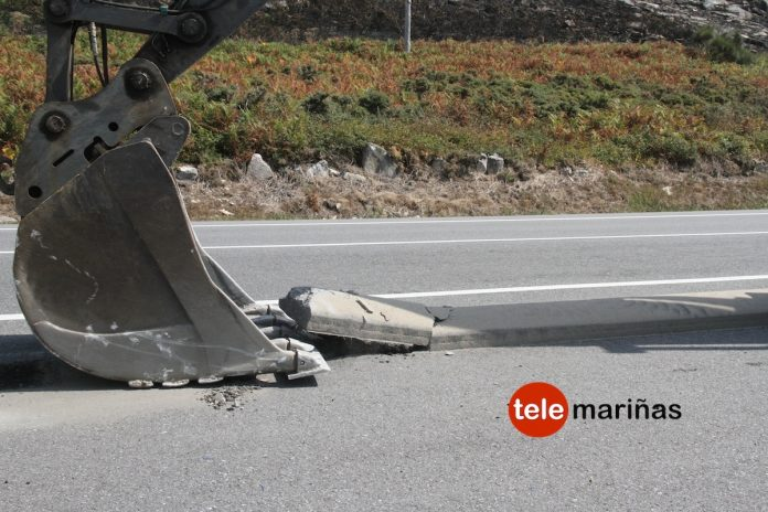 La Xunta comienza a quitar en Cabo Silleiro los separadores de hormigón del carril bici Baiona-A Guarda