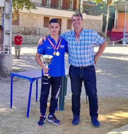 Cristian Chamorro, del Club de Bolos Medialdea, Campeón de España Juvenil de Bolos Celta