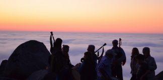Teatro, música y múltiples actividades en la Festa do Rei Sol en Oia