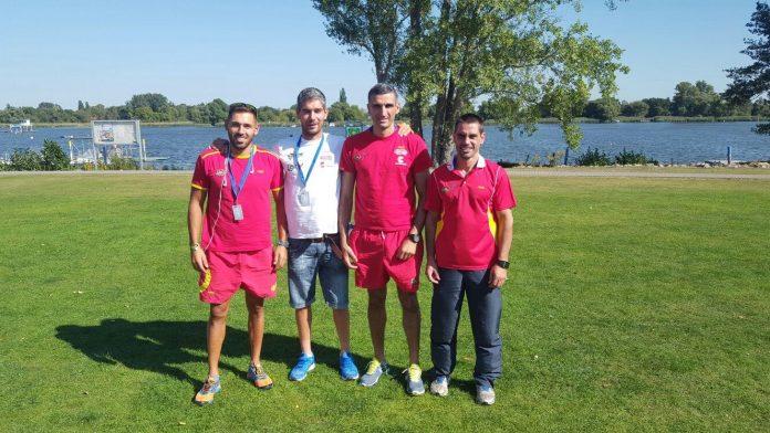 Los palistas del Kayak Tudense se preparan para el Campeonato del Mundo de maratón