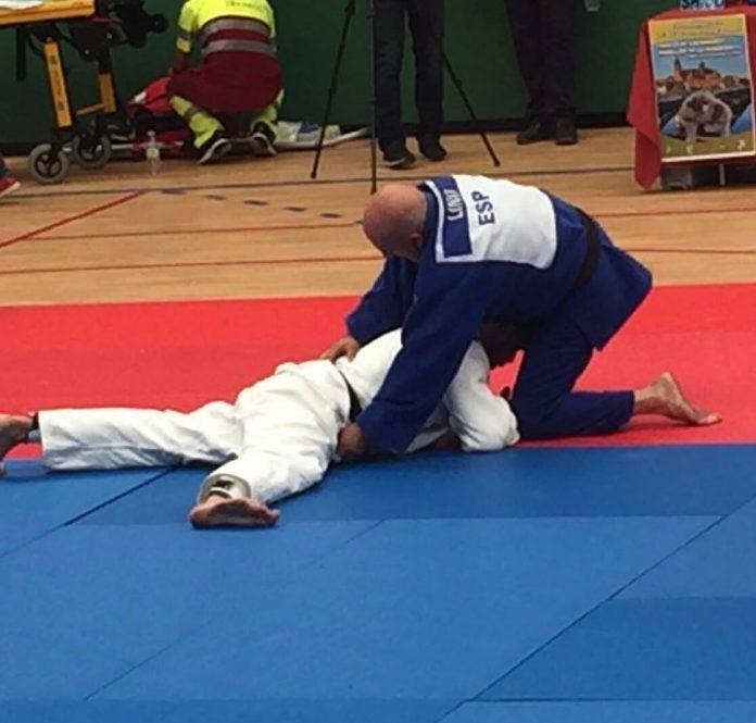 El judoca tudense Lino Martínez, medalla de plata en Salamanca