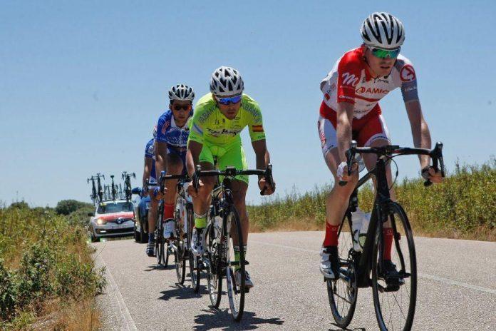 El Club Ciclista Rías Baixas preparado para la Volta a Galicia
