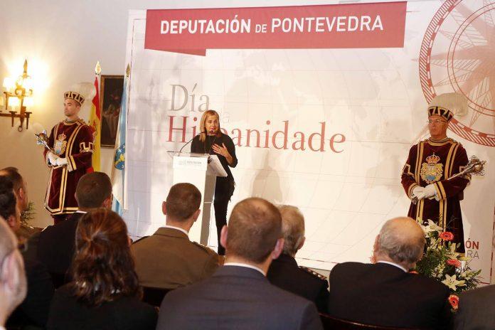 Carmela Silva presidió los actos conmemorativos del Día de la Hispanidad en Baiona