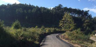 Tui asfalta el camino entre O Remesal y Casasnovas