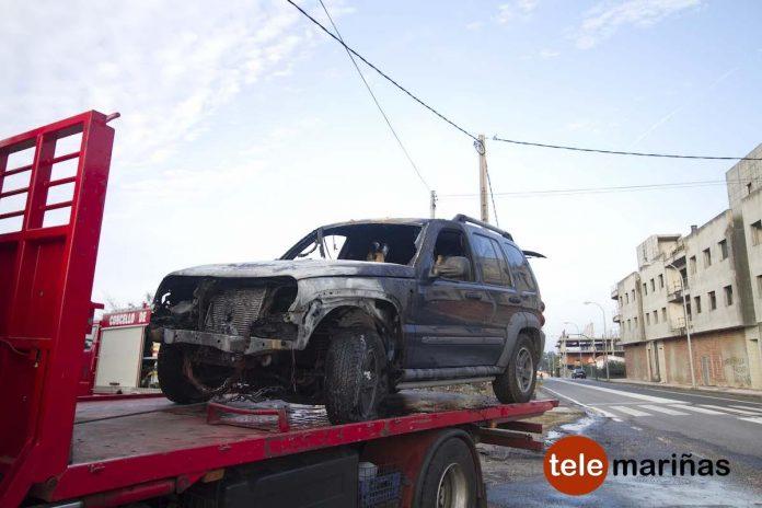 Sale ileso después de que su coche empezase a arder en Goián