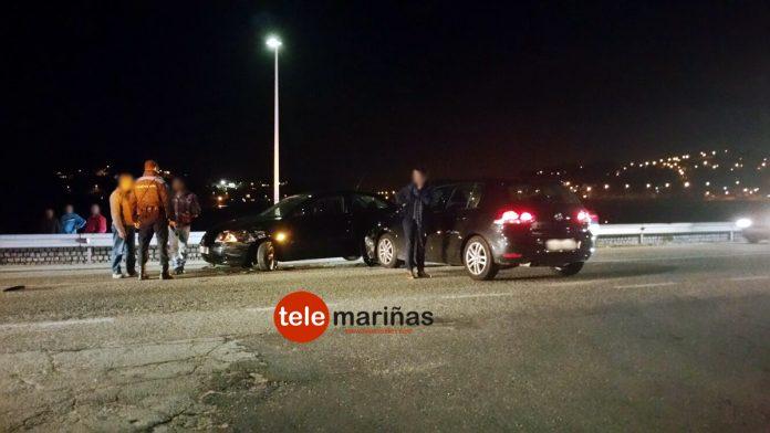 Choque entre dos turismos sin heridos en Sabarís