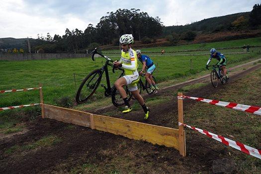 CEDIDA // Valverde superando obstáculos en la prueba.