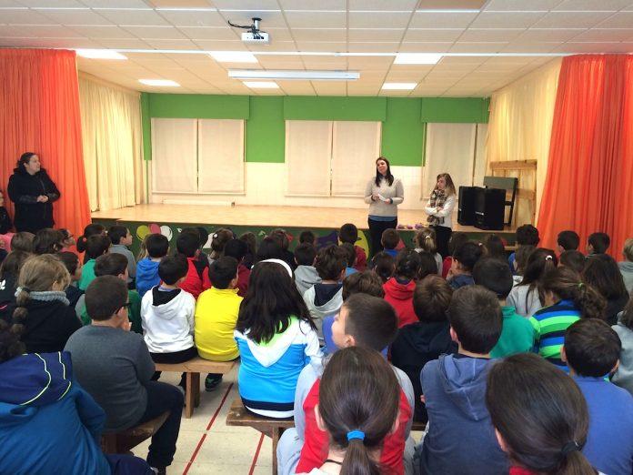 Oia impartió talleres a los más pequeños contra la violencia de género