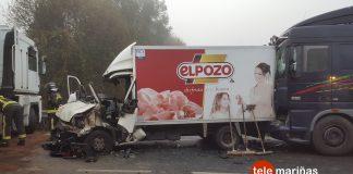 Tres heridos graves en una colisión múltiple entre tres camiones y un turismo en Mos