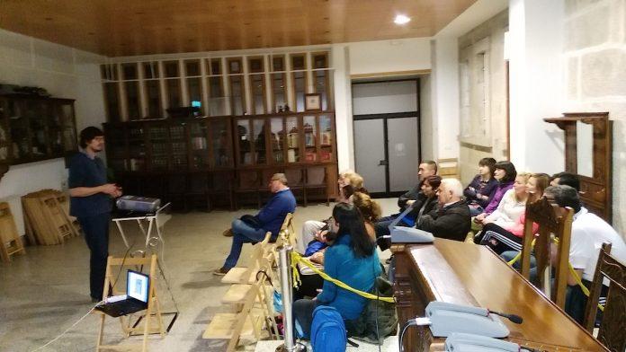 Vecinos de Goián reciben charlas sobre el compostaje comunitario