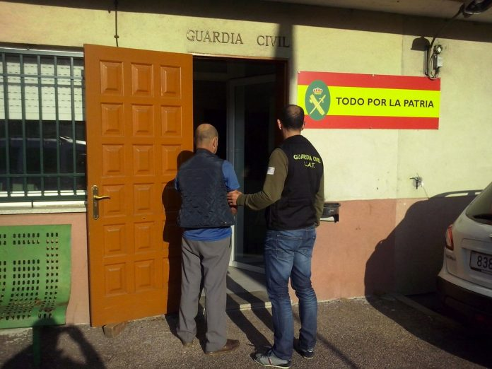 La Guardia Civil detiene al conductor que arrolló a un ciclista en Vincios