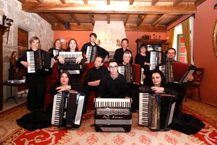 O Rosal honra a Santa Icía con un festival de acordeones