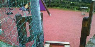 O BNG de Baiona solicita un mantemento dos parques infantís da vila