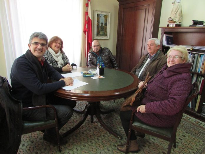 Buscan una nueva directiva para que el club de jubilados de A Guarda no desaparezca