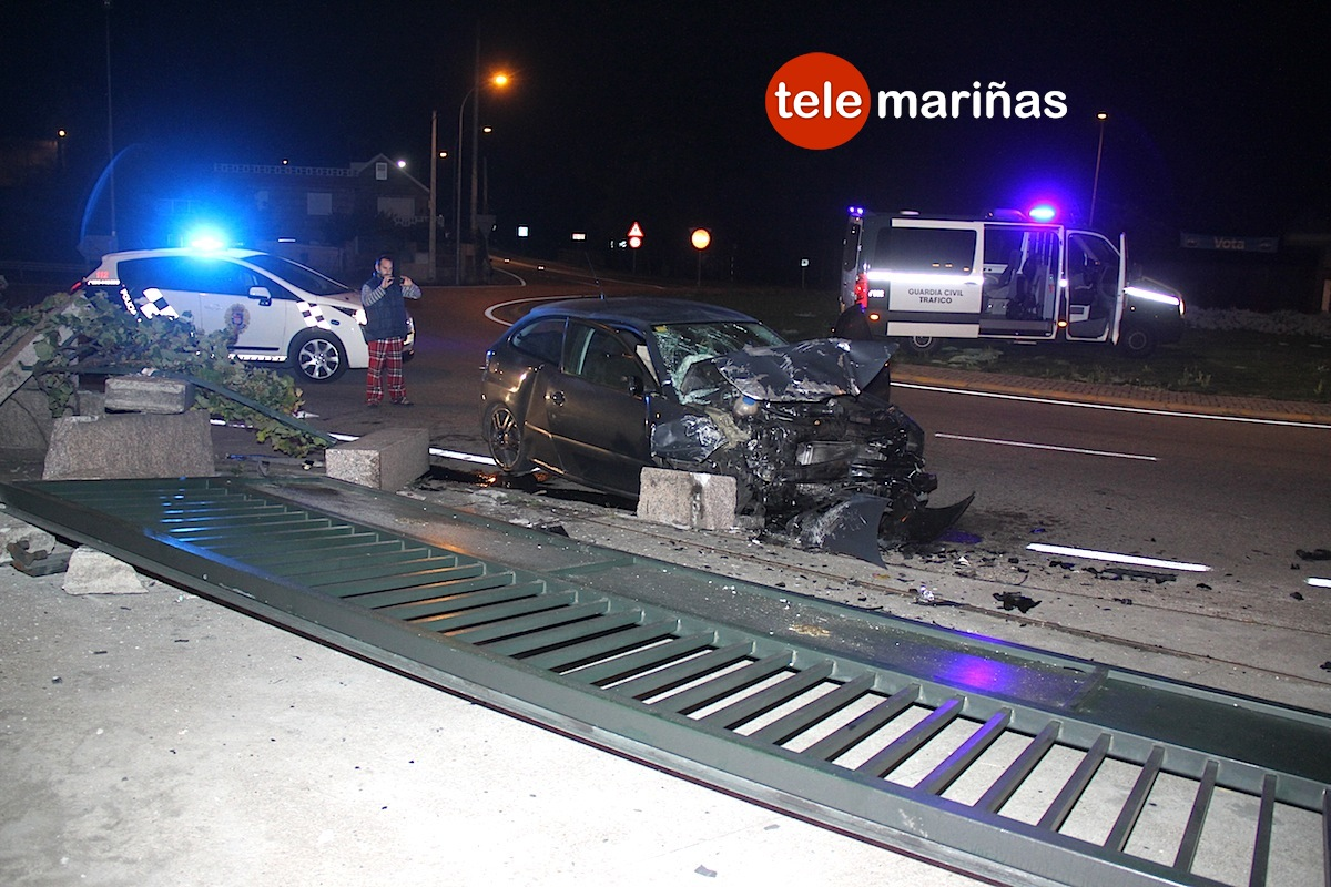 accidente_coche_muro_nigranjpg