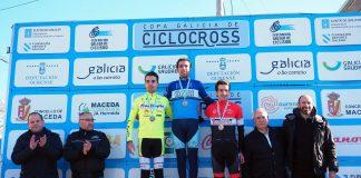 El baionés, Adrián Valverde, finalizó cuarto y segundo mejor élite en la general de la Copa Galicia de Ciclocross