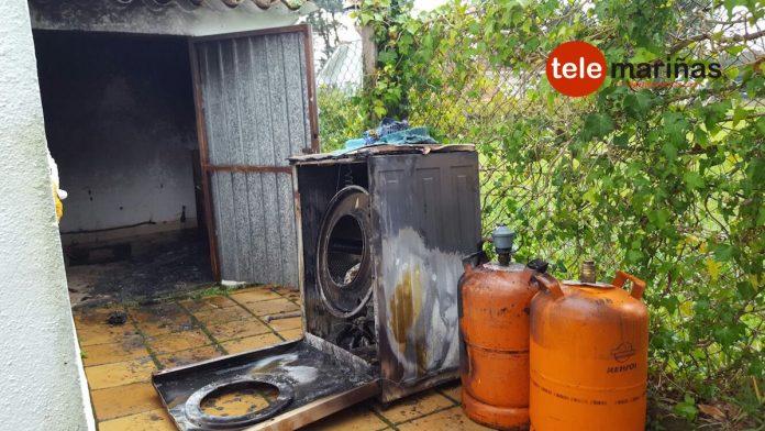 El GES de A Guarda sofoca un incendio en cobertizo de una casa de O Rosal