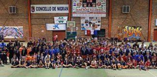 """El torneo solidario de baloncesto """"Encesta un Alimento"""" recauda más de dos toneladas en Nigrán"""