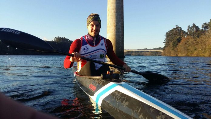 El palista asturiano Emilio Llamedo, nuevo fichaje del Kayak Tudense