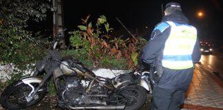 Herido un joven de Belesar y arde su 'Chopper' tras una caída en Nigrán