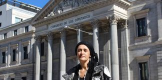 Charla informativa sobre el cáncer de mama en Camposancos