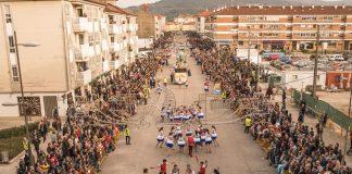 Tui calienta motores para el desfile de carnaval