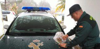 Cuatro jóvenes de Vigo, detenidos como supuestos autores de un robo en una cafetería de Arbo