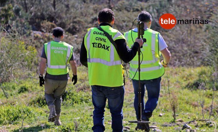 Encuentran una pistola con un casquillo percutido donde fue hallado el cadáver este sábado en Baiona