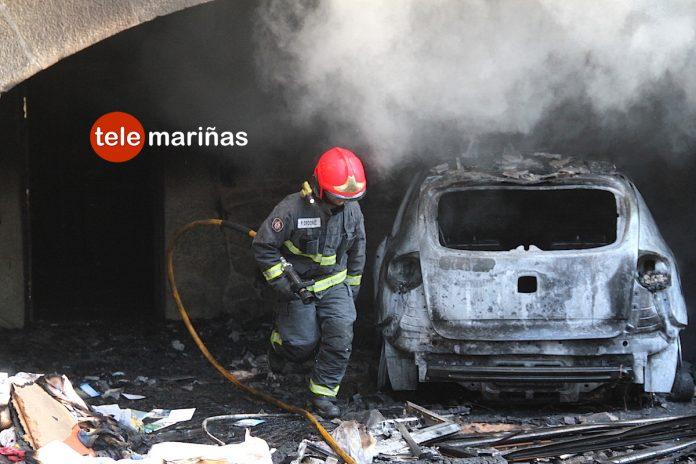 Un incendio en un vehículo calcina una casa en Tomiño