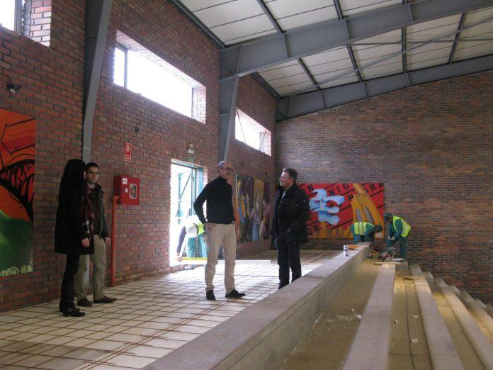 Las obras en el pabelIón municipal de Panxón concluirán a finales del mes de abril