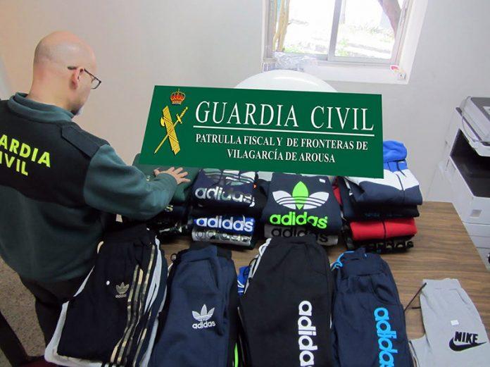 La Guardia Civil se incauta de una partida de ropa falsificada en el mercadillo de O Grove