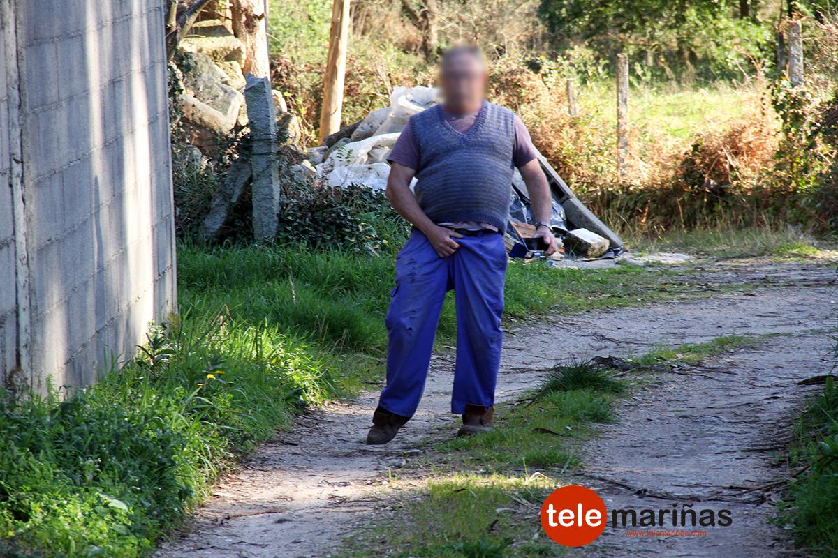 Preocupación vecinal en Vilariño por la colocación de cámaras que graban un camino de uso público