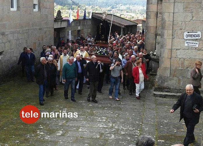 San Benito hace honor a su fama y reúne a miles de feligreses