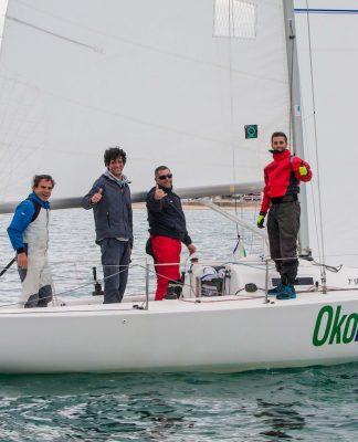 El Okofen, campeón en Baiona de J80